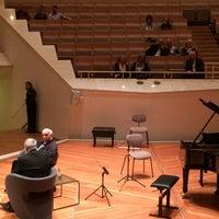 Das Foto wurde bei Kammermusiksaal von Alexander D. am 4/16/2018 aufgenommen