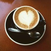 Foto tirada no(a) Academia do Café por Marcela D. em 5/29/2015