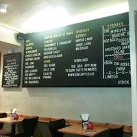 Снимок сделан в Gourmet Burger Kitchen пользователем 狮 李. 11/9/2012
