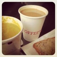 4/13/2013 tarihinde Bora L.ziyaretçi tarafından COFFEED'de çekilen fotoğraf