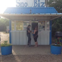 Photo taken at Sno Biz Snow Cones by Christy R. on 6/8/2014