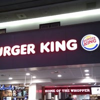 Photo taken at Burger King by Gilson J. on 11/17/2012