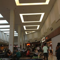 Foto tirada no(a) Partage Shopping São Gonçalo por Joice em 2/8/2013