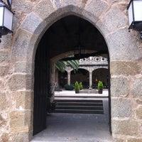 Photo taken at Hotel Parador de Jarandilla de la Vera by Mercedes on 12/6/2012