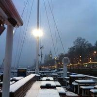 รูปภาพถ่ายที่ The Tattershall Castle โดย Steve L. เมื่อ 1/20/2013