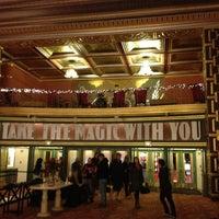 Foto tomada en Alameda Theatre & Cineplex por Dwight L. el 12/31/2012