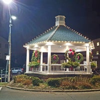 Photo taken at Metro North - Pleasantville Train Station by Elhoim L. on 12/5/2016
