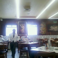 Photo taken at Salon Niza by Arturo G. on 11/8/2012
