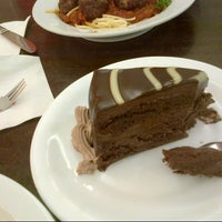 Photo taken at Secret Recipe by Yantty O. on 11/21/2012