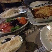 Foto tirada no(a) Caçula Bar e Restaurante por Franciele C. em 8/24/2015