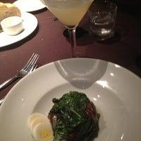 Foto scattata a Perry's Steakhouse da Stephanie M. il 4/3/2013