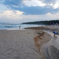 Photo taken at 白沙灣 Baishawan Beach by Wendy P. on 7/25/2018