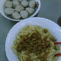 Photo taken at Bakmi Sido Laris by Harry B. on 12/29/2014