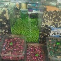 Photo taken at paradise çikolata by Hakan İ. on 9/6/2014