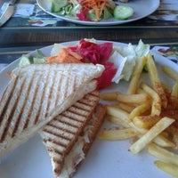 8/27/2014 tarihinde Sevde S.ziyaretçi tarafından Linaria Café & Patisserie'de çekilen fotoğraf