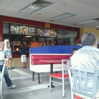Photo taken at Burger King by Adonis M. on 10/14/2012