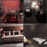 Photo taken at Grischa - DAS Hotel Davos by Daria I. on 1/5/2015