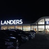 11/6/2017 tarihinde Rey D.ziyaretçi tarafından Landers Superstore'de çekilen fotoğraf