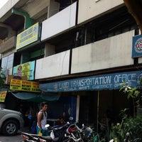 Foto tirada no(a) LTO Manila West District por Rey D. em 4/22/2014