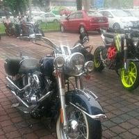 Photo taken at Bike Station KTM by Zharfan Z. on 8/26/2015