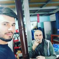 Photo taken at Otomobil Hastanesi Oto Murat by Erkan A. on 5/4/2016