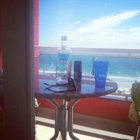 Foto tirada no(a) Pousada Vila do Coral por robealder n. em 2/17/2013