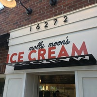 Photo taken at Molly Moon's Homemade Ice Cream by Jake Y. on 7/1/2017