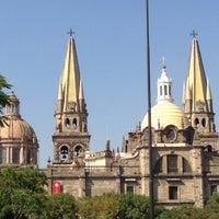Foto tomada en Plaza de La Liberación por Arturo R. el 12/2/2012