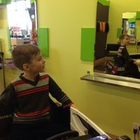 Photo taken at Beaners Fun Cuts for Kids • Windermere by Pernille T. on 4/7/2014