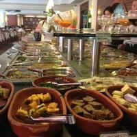Das Foto wurde bei Lótus Restaurante Vegetariano von Daniel C. am 3/5/2013 aufgenommen