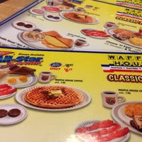Photo taken at Waffle House by M P. on 11/1/2013