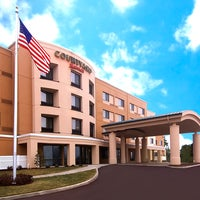 Photo taken at Courtyard Hartford Farmington by Courtyard Hartford Farmington on 8/27/2014