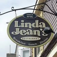 Photo taken at Linda Jean's Restaurant by Rob R. on 5/25/2014