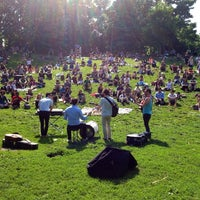 Photo prise au Trinity Bellwoods Park par Ryan W. le6/15/2013