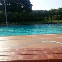 Photo prise au Yio Chu Kang Swimming Complex par Zoey W. le10/28/2012