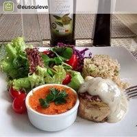 Foto tirada no(a) Leve Alimentação Saudável por Xpectat D. em 7/22/2015