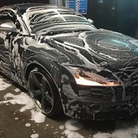 Photo taken at Super5 Car wash by Maximilien N. on 3/9/2016
