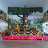 Photo taken at Wat Rajaphojong Thai Buddhist Temple by Steven P. on 10/17/2015