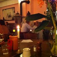 Das Foto wurde bei Café Sehnsucht von Alexander F. am 12/30/2012 aufgenommen