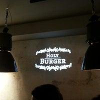 Das Foto wurde bei Holy Burger von Claas G. am 5/12/2014 aufgenommen