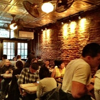 Foto scattata a Upstate Craft Beer and Oyster Bar da 8PM R. il 3/16/2013