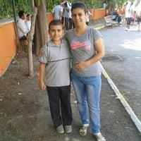 Photo taken at Kahramanlar Mustafa Öğütveren Ortaokulu by Arzu S. on 9/29/2015