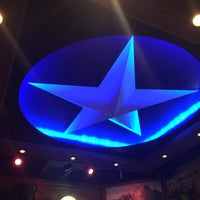 Photo taken at Texas Roadhouse by Frank on 10/7/2016