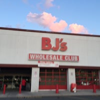 Photo taken at BJ's Wholesale Club by Frank on 9/7/2017