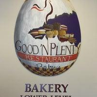 Photo taken at Good 'N Plenty Restaurant by Frank on 8/6/2017