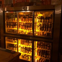 Foto scattata a Gebhard's Beer Culture da Frank il 11/15/2017