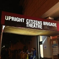 Foto tomada en Upright Citizens Brigade Theatre  por dot. h. el 6/1/2013