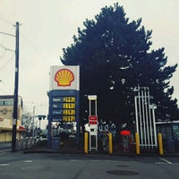 Photo taken at Shell by Laurentia H. on 3/29/2017