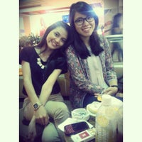 Photo taken at J.Co Donuts & Coffee by Shelaa A. on 6/2/2013