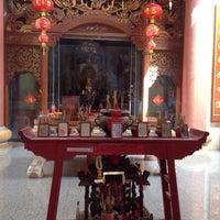 Photo taken at ศาลเจ้าแม่ทับทิม by เลิกเล่นแล้วคะ.. on 3/10/2014